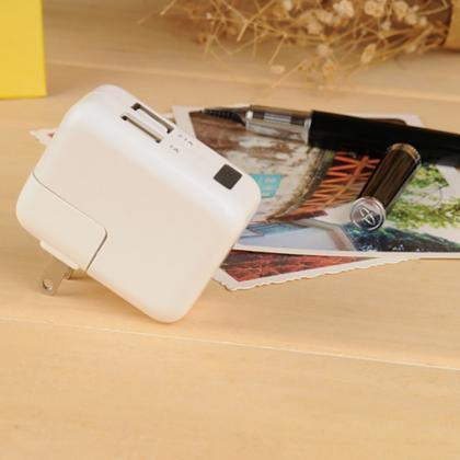 ACアダプター型カメラ 実用隠しカメラ 小型カメラHD高画質 日常生活に最適 大人気